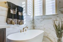 after-tub-and-chandelier